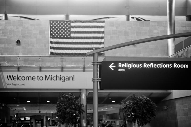 wpid4033-Scenes-From-Detroit-Michigan-Airport-20141017-4.jpg